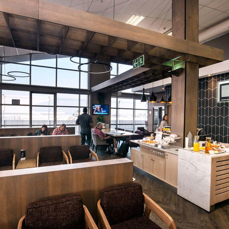 restaurants-shops-lounges